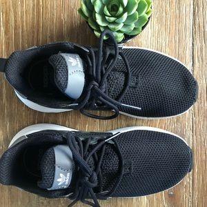 Adidas Duramo running shoes. Size 11 kids